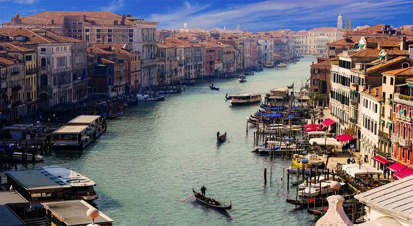 Paris to Venice 2020 ( PAVE-09 )
