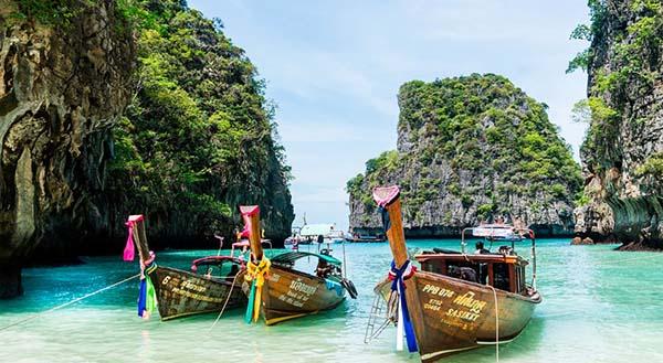 Free & Easy Phuket Package