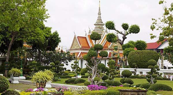 Free and Easy Bangkok Market